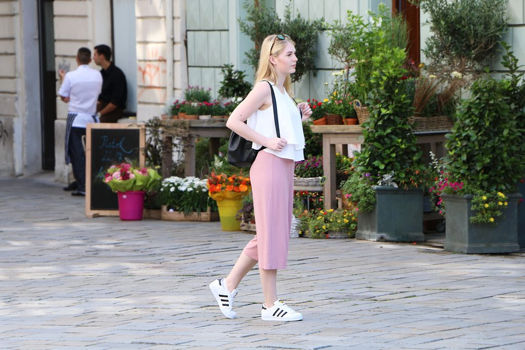 Outfit: Light Colors – How to wear Culottes