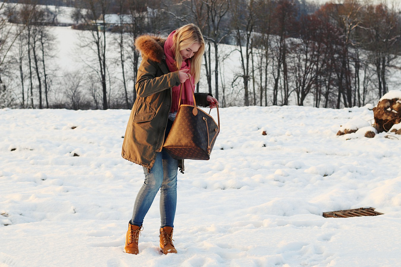 oliviasly_winterwonderland_outfit_parka_timberland_winter_fashion1