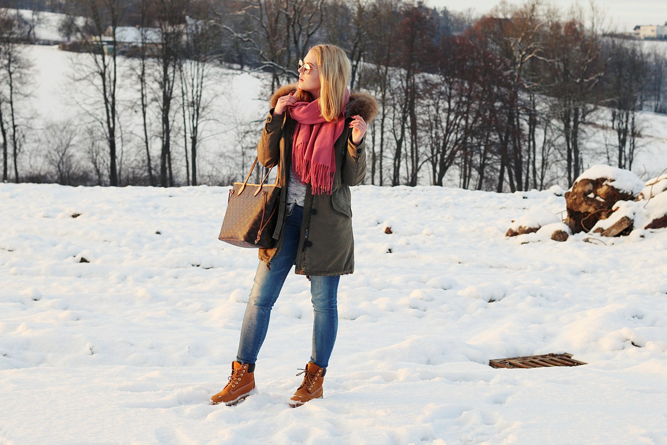 oliviasly_winterwonderland_outfit_parka_timberland_winter_fashion2