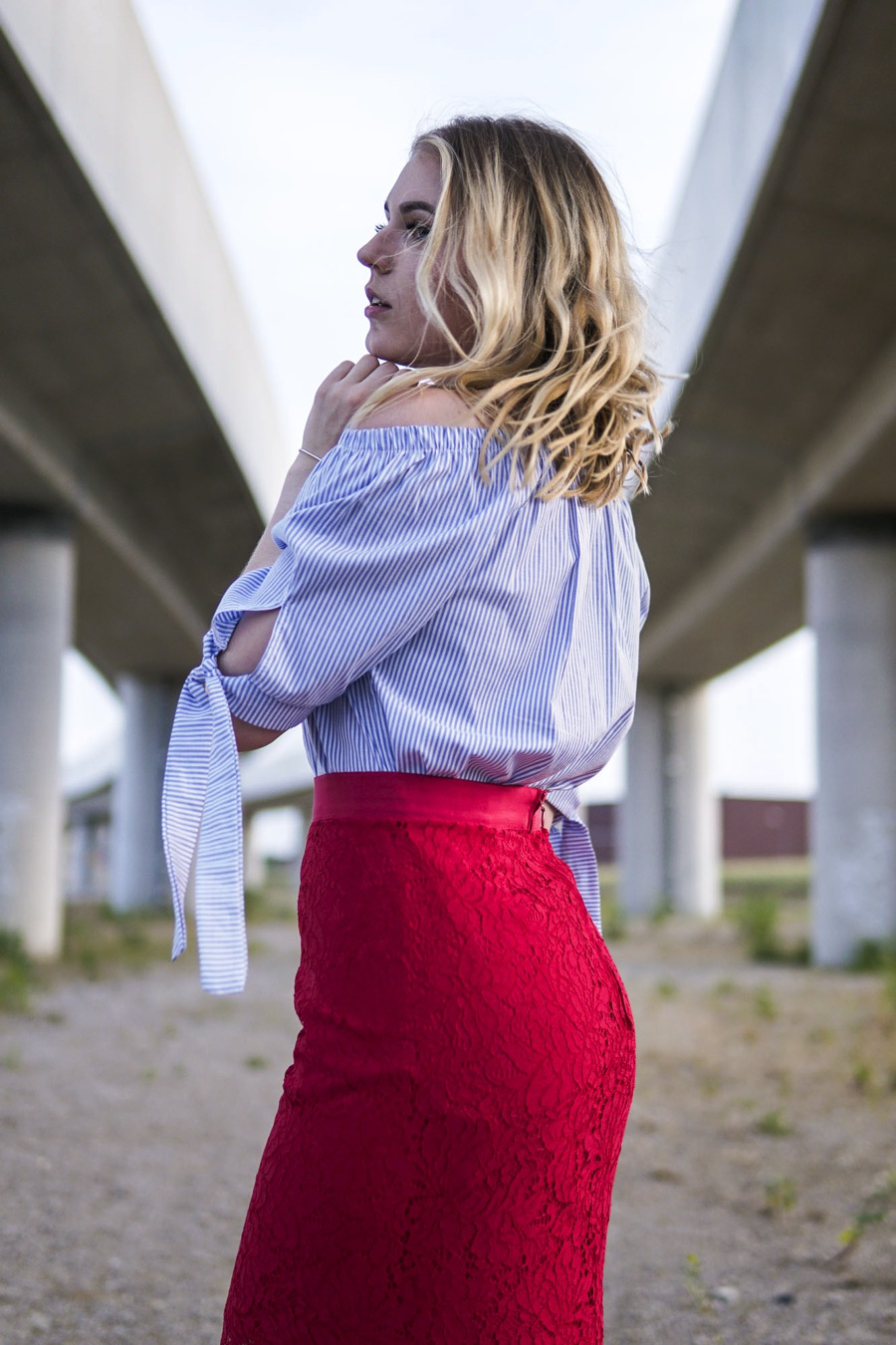 oliviasly_outfit_life_update_gestreifte_bluse_red_skirt9