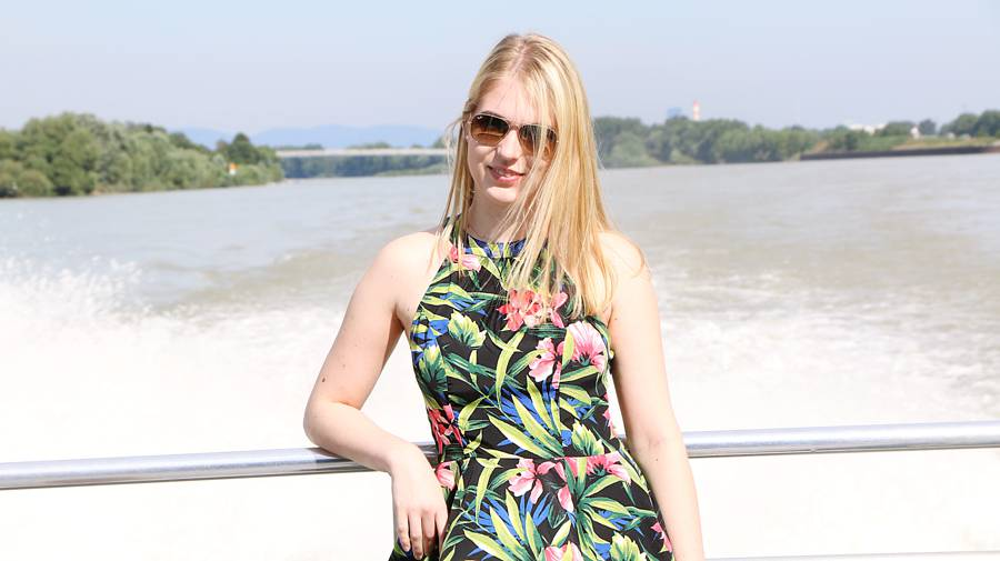 oliviasly_bratislava_travel_diary_outfit_summer1
