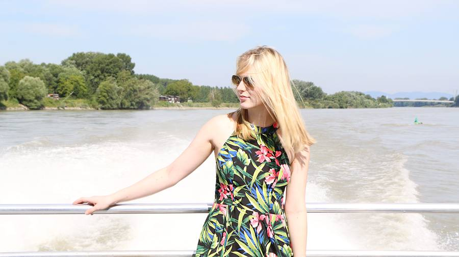 oliviasly_bratislava_travel_diary_outfit_summer2