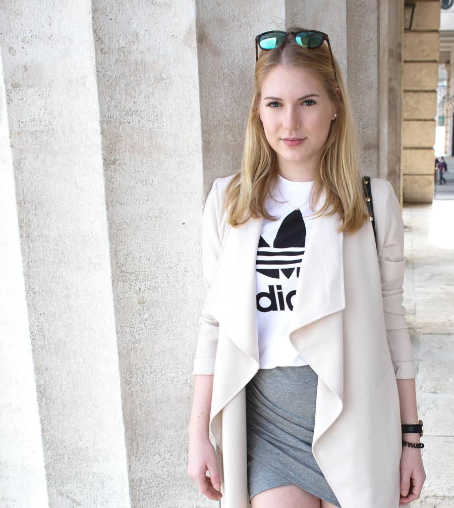 oliviasly_outfit_overknees_wickelrock_beige_adidas2