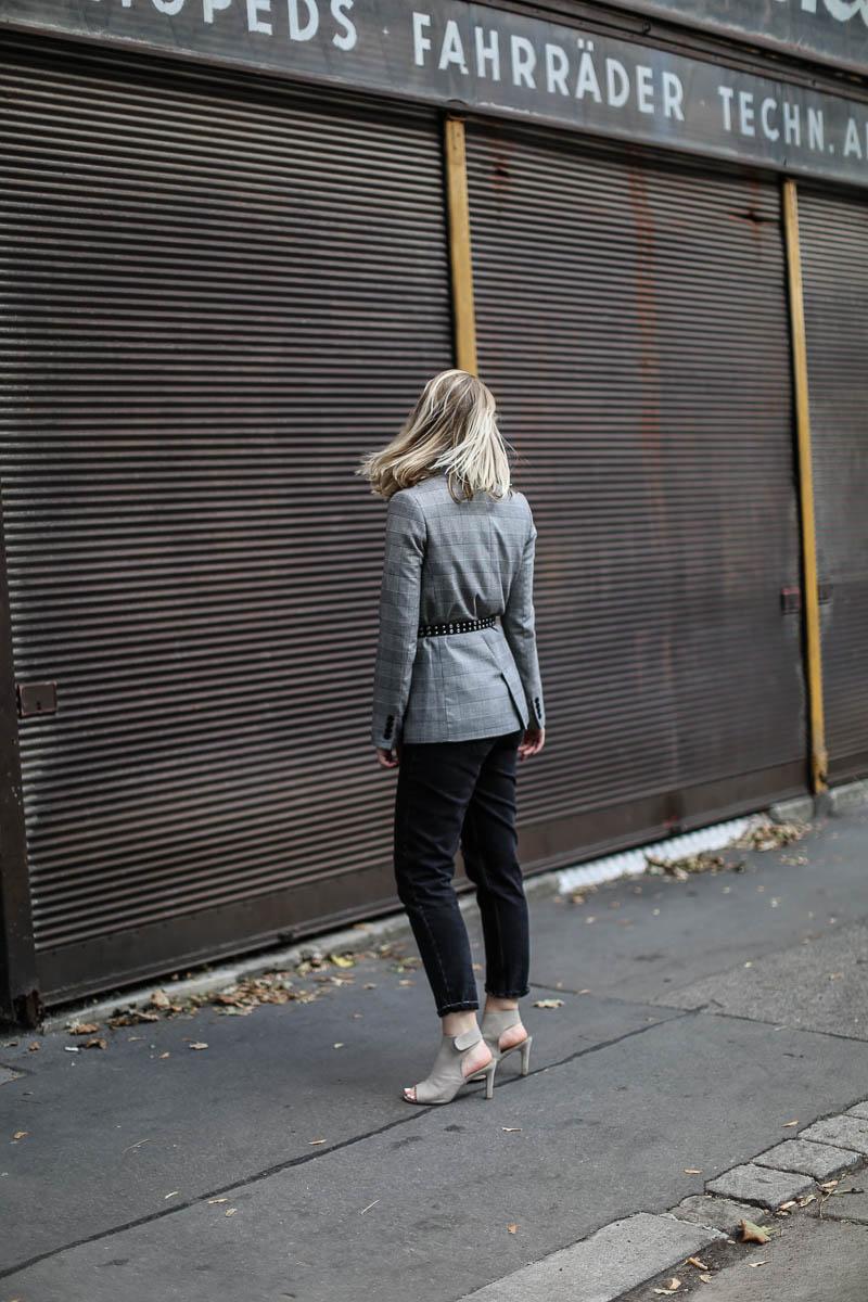 oliviasly_outfit_MQ_Vienna_Fashionweek_Karo_Blazer_style-1